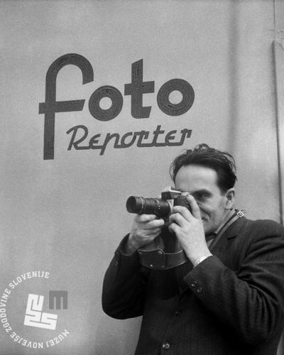 Edi Šelhaus v akciji, ok. 1958, črno-beli negativ, leica, Muzej novejše zgodovine Slovenije